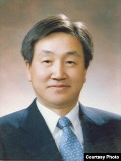 한국 국방연구원 김진무 박사