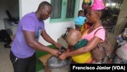 Mães das crianças atendidas recebem cesta básica, Centro Dom Orione