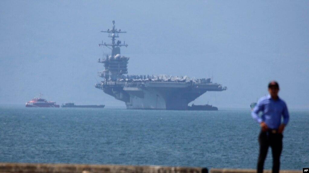 Tàu sân bay USS Carl Vinson của Mỹ cập cảng Tiên Sa, Đà Nẵng, hôm 5/3 năm 2018