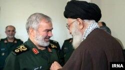 علی فدوی پس از دستگیری ملوانان آمریکایی از رهبر جمهوری اسلامی مدال گرفت.
