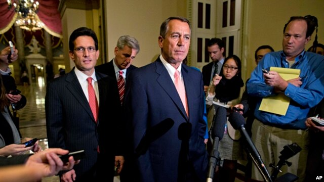 House Majority Leader Eric Cantor (L),  House Majority Whip Kevin McCarthy and Speaker of the House John Boehner, during a news conference on Capitol Hill, Oct. 1, 2013.