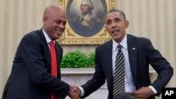 Мишель Мартелли и Барак Обама