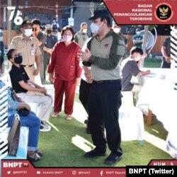 BNPT mendorong vaksinasi, bekerjasama dengan Tim Sinergisitas, sehingga terlaksana vaksinasi di Sulawesi Tengah, 27 JUli 2021. (Twitter/BNPT)
