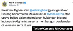 Isi twitter Kementerian Luar Negeri RI mengenai penganugerahan Bintang Kehormatan Malalai dari Presiden Afghanistan Ashraf Ghani kepada Menlu Retno Marsudi. (Foto: Courtesy/Twitter Kemenlu RI)