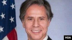 El vicesecreario de Estado de EE.UU., Anthony Blinken, dice que China debe ejercer influencia sobre Corea del Norte para que renuncie a las armas nucleares.