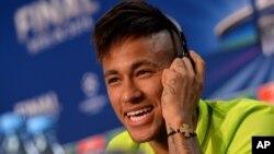 Cầu thủ Neymar.