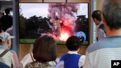 Le test de mardi est intervenu quelques heures après que le régime nord-coréen eut affirmé être prêt à reprendre les négociations avec les Etats-Unis, au point mort depuis février.
