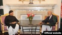 پاکستانی وزیراعظم نے رواں ہفتے کابل کے دورہ پر صدر کرزئی سے ملاقات کی۔