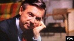 Mr. Fred Rogers: un ícono cultural que inspiró a generaciones de niños con compasión y una imaginación sin límites.