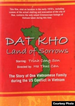 Bìa DVD phim 'Đất khổ' (ảnh: Bùi Văn Phú)