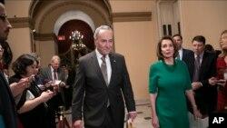 Các lãnh đạo Dân chủ tại Quốc hội không đồng ý cấp tiền để xây tường biên giới