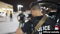 Las autoridades de inmigración de EE.UU. estarían planeando una Operación Mega que busca arrestar a unos 8.400 indocumentados a partir del 17 de septiembre.