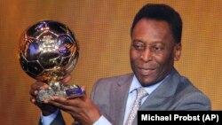 Pelé recebe o prémio Honorário da FIFA na Gala Bola de Ouro 2013, Zurique, Suíça. Jan 13, 2014