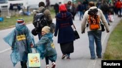 Мігранти на угорсько-австрійському кордоні