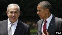PM Benjamin Netanyahu dan Presiden AS Barack Obama dalam pertemuan bulan Juli tahun lalu. Netanyahu mengecam pernyataan Obama atas tapal batas tahun 1967.