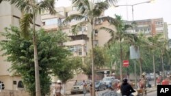 Av. Marien Nguabi, antiga D. António Barroso, Luanda