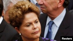 Brazil's President Dilma Rousseff attends the wake of late Brazilian presidential candidate Eduardo Campos inside the Pernambuco Government Palace in Recife, Aug. 17, 2014.