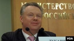 俄罗斯外交部新闻发言人卢卡舍维奇(美国之音白桦拍摄)