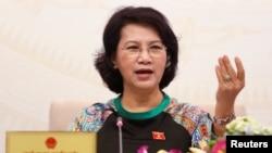Chủ tịch Quốc hội Nguyễn Thị Kim Ngân tại một cuộc họp báo ở Hà Nội, 23/7/2016.
