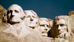 '산을 깎아 대통령들의 얼굴을 새기다' 러시모어 산
