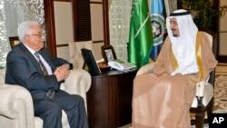 عکسی از دیدار محمود عباس و ملک سلمان