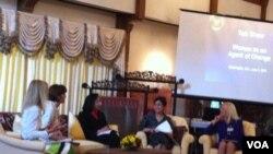 Beberapa pemimpin perempuan membahas peran perempuan sebagai agen perubahan di kediaman Dubes RI untuk Amerika di Washington DC. (01/06)