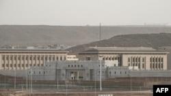 緊挨吉布提一個港口的中國軍事基地(法新社2018年7月4日)
