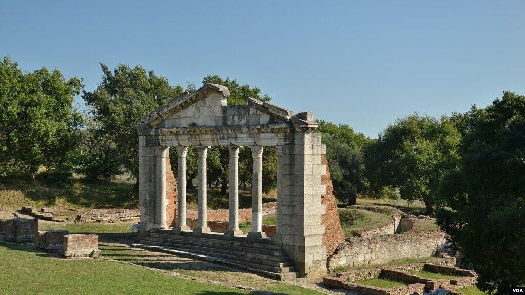 Gërmime të paligjshme në Apoloni