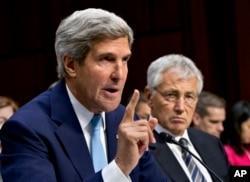 美国国务卿克里和美国国防部长哈格尔9月3日在国会举行的有关叙利亚化武攻击的听证会上。