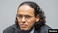 Ahmad al-Faqi al-Mahdi au début de son procès sur la destruction des mausolées historiques à Tombouctou en 2012 au Mali, à la Cour pénale internationale à La Haye, Pays-Bas, 22 août 2016.