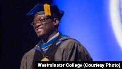 Benjamin Ola Akande, yang berasal dari Nigeria, merupakan presiden ke-21 Westminster College di Missouri. (Foto: Courtesy/Westminster College)