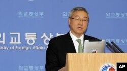 김성환 한국 외교통상부 장관 (자료사진)