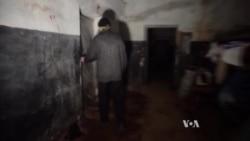 Shelling Sends Donetsk Residents into Stalin-era Shelter