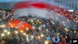 Belarus မွာ မွ်တမႈမရွိတဲ့ သမၼတေရြးေကာက္ပြဲေၾကာင့္ ျပည္သူေတြ ဆႏၵျပ