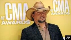 Jason Aldean fue nominado para Arista del Año por la Asociación de Música Country, CMA.