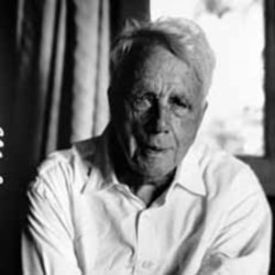 As he grew older, Robert Frost's idea of the world became more difficult
