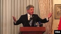 美国众议院外交委员会共和党资深议员麦克·麦考尔2019年3月6日参加双橡园启动台湾关系法40周年活动(美国之音钟辰芳拍摄)