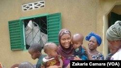 Watoto wenye tatizo maradhi ya mgongo wazi huko Conakry.