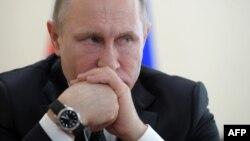 VOA连线(白桦):俄罗斯与韩国和日本更多互动将如何影响中国?