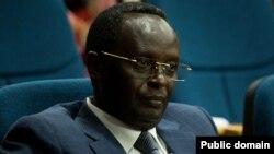 Martin Ngoga watorewe guhagararira u Rwanda muri EALA