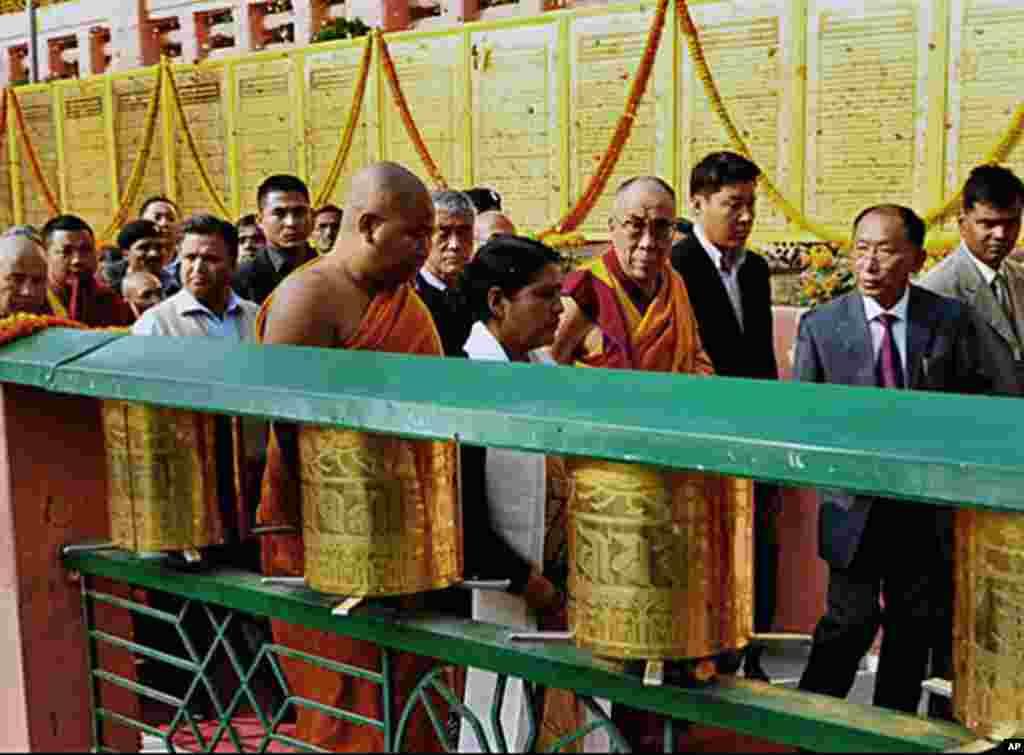 达赖喇嘛出访活动