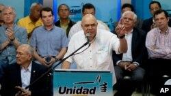"""""""Aquí no hay razones técnicas ni jurídicas para que en el 2016 no se realice el referendo o cualquier otra consulta (electoral)"""", aseveró el secretario ejecutivo de la MUD, José """"Chúo"""" Torrealba."""