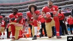 Футбольна команда San Francisco 49ers проестують
