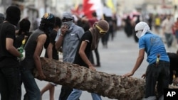 Melarang demonstrasi adalah upaya terbaru yang dilakukan Pemerintah Bahrain untuk menumpas kerusuhan (foto, 28/10/2012).