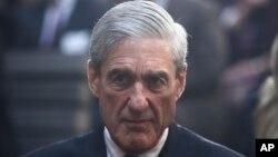 រូបឯកសារ៖ លោក Robert Mueller អតីតនាយកទីភ្នាក់ងារស៊ើបការណ៍សម្ងាត់សហព័ន្ធ FBI បានកាន់តំណែងមុនលោក James Comey តាំងពីមុនអាណត្តិលោកប្រធានាធិបតី បារ៉ាក់ អូបាម៉ា។