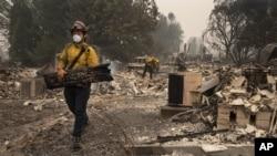 Gradić Talent u Oregonu je skoro potpuno uništen