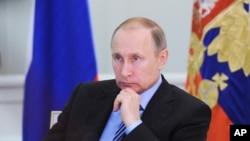 ولادیمیر پوتین رئیس جمهوری روسیه - آرشیو