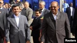 Presida wa Sudani, Omar Hassan al-Bashir ari kumwe na prezida wa Irani, Mahmoud Ahmadinejad