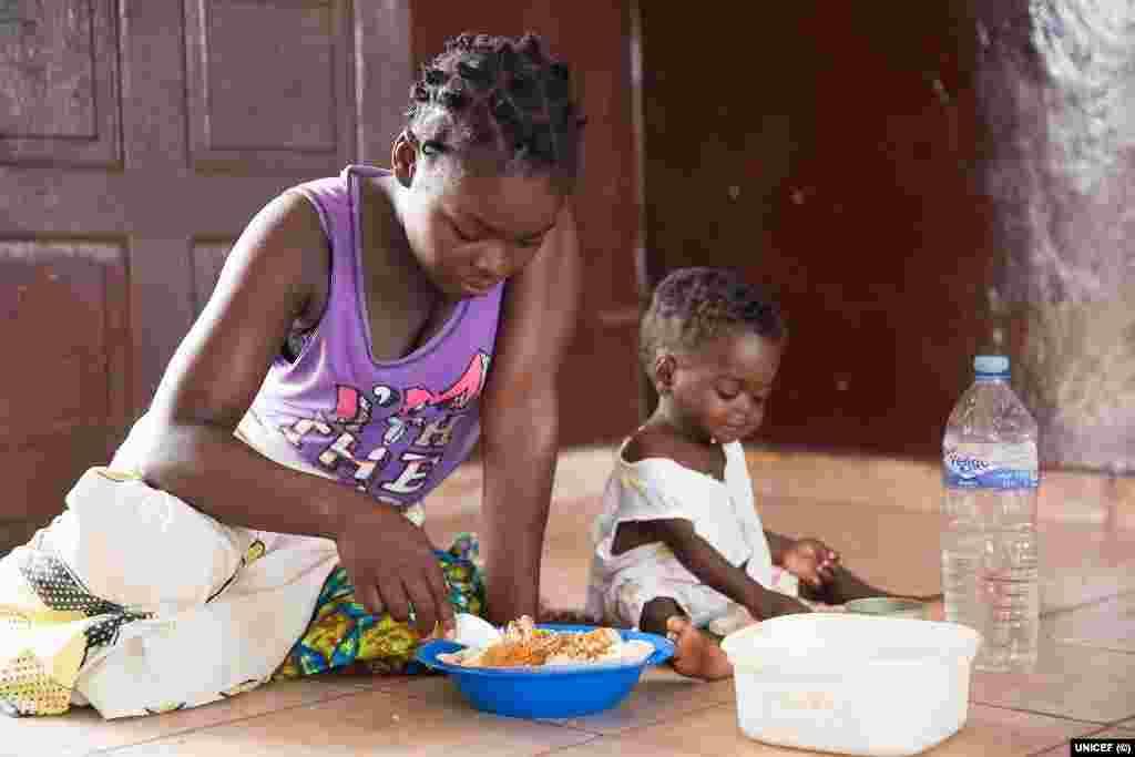 Mães de Moçambique vítimas do Idai: Elizarda Rodina, 19 anos