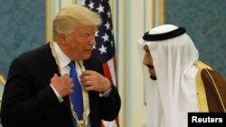 沙特國王薩勒曼授予美國總統川普沙特王國最高的平民榮譽。